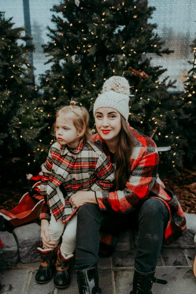 Kira Paran Edmonton Blogger Christmas Photos