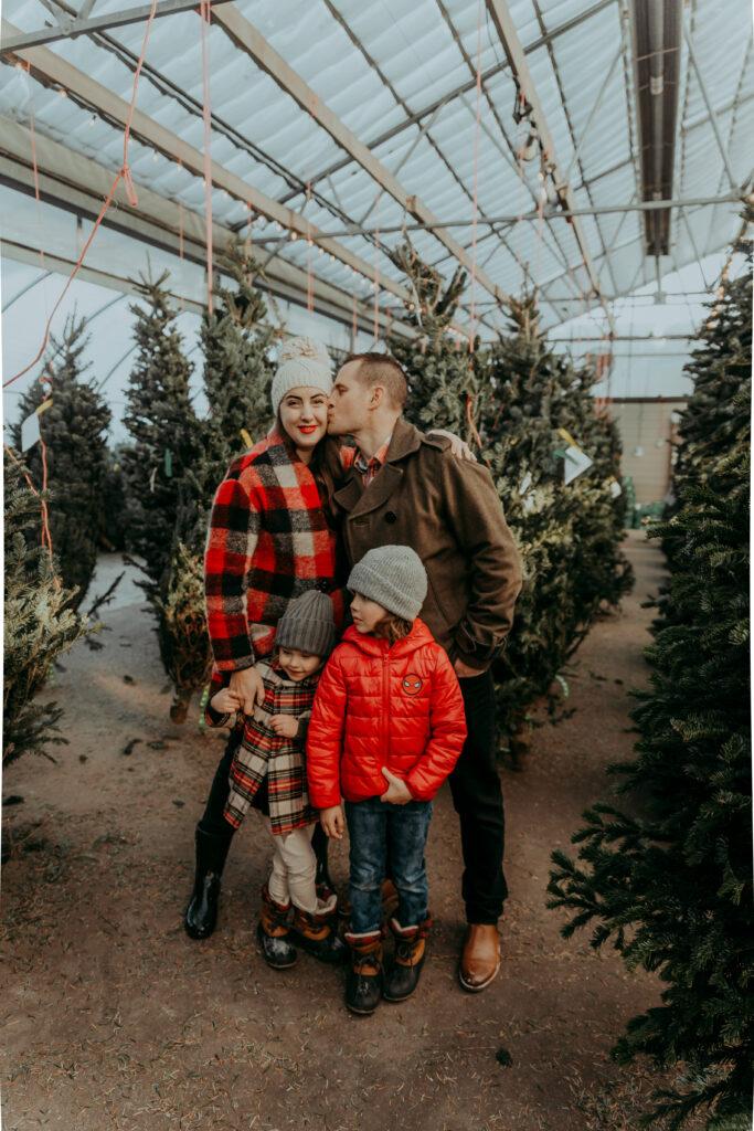 Kira Paran Blogger Christmas Photos